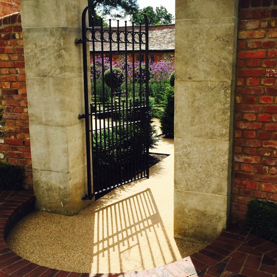 walled-garden-near henley on thames