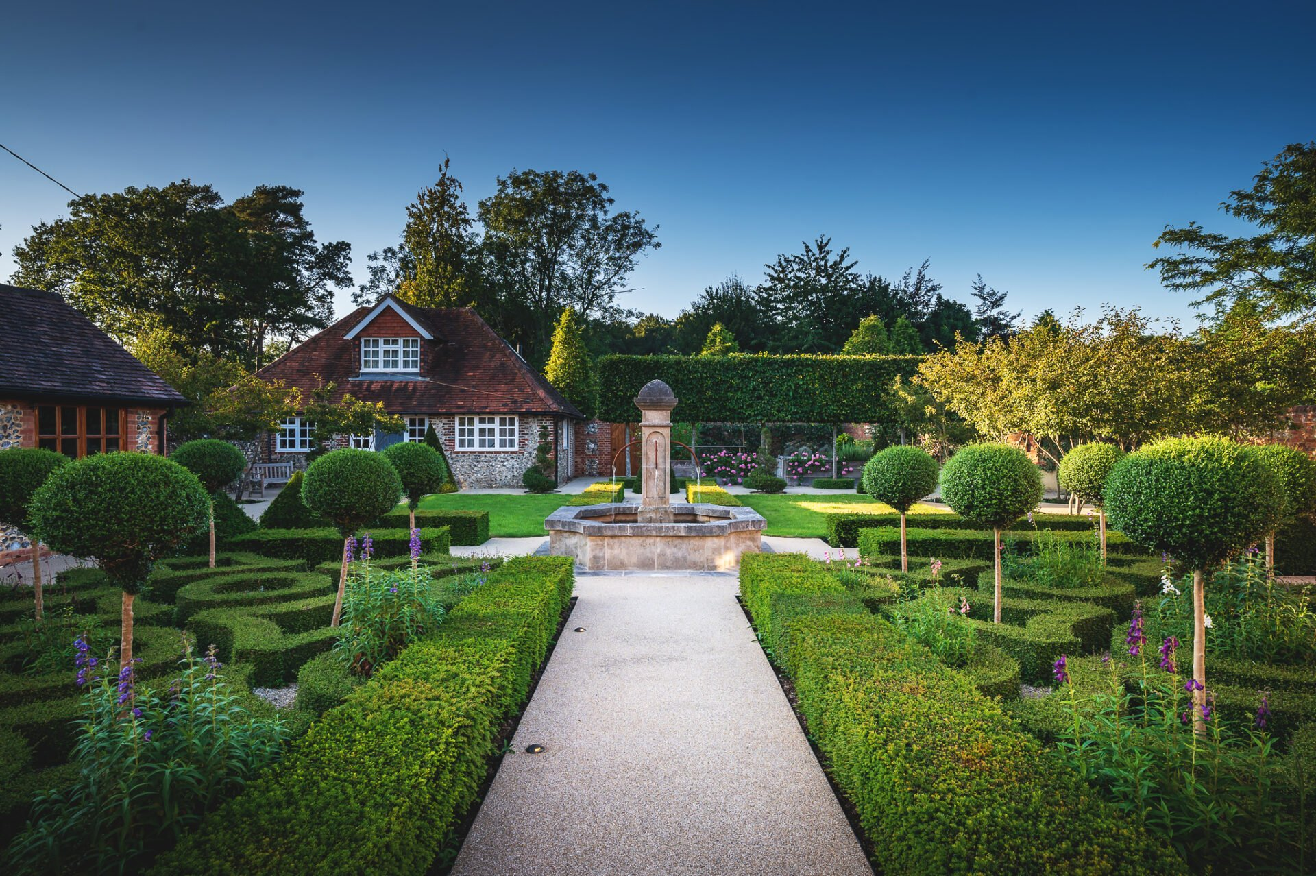 Formal french garden with knot garden by Jo Alderson Phillips