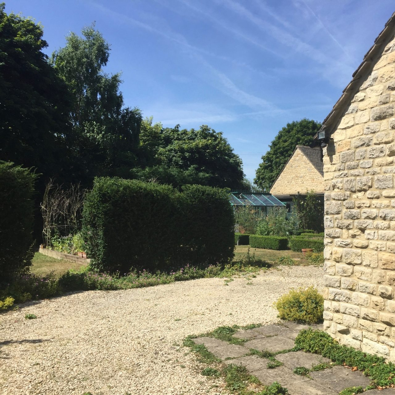 We bought a barn in Oxfordshire to update & enjoy - here's a before picture